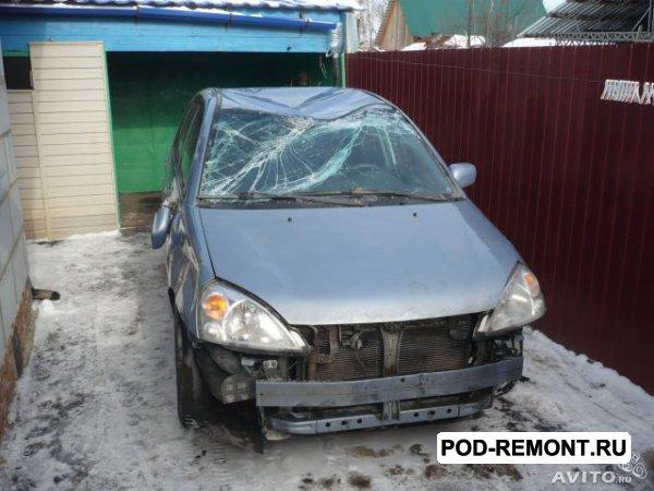 Продам а/м Suzuki Liana битый