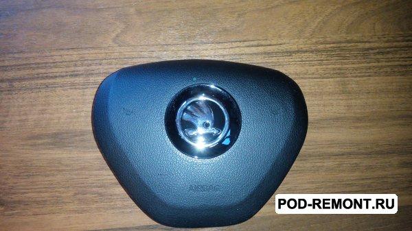 Продам крышка Airbag,  муляж заглушка Rapid,  Octavia  для Skoda