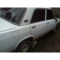 Продам а/м ВАЗ 2105 аварийный