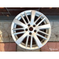 Продам 2 колёсных диска  для Nissan Teana