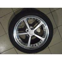 Продам комплект,  шины 245/45 R19  для BMW